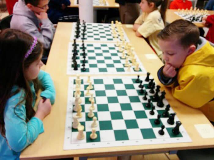 December chess for kids